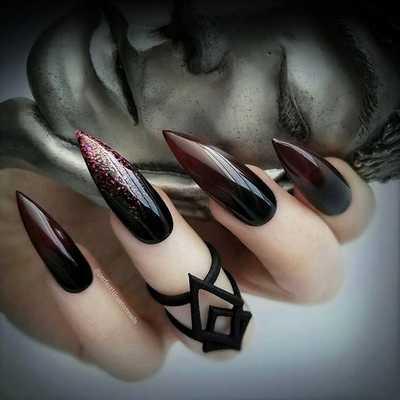 Σκούρα νύχια (12)