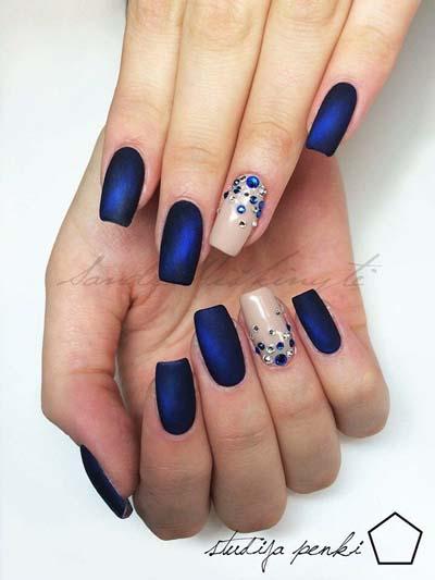 Σκούρα νύχια (47)