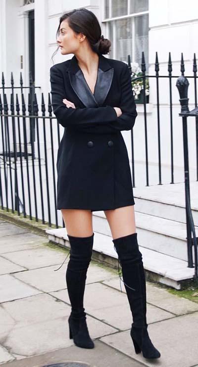 Μαύρο φόρεμα blazer με μπότες πάνω από το γόνατο