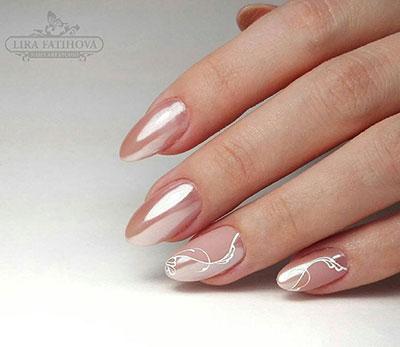 Ροζ pearl effect με διακριτικά σχέδια μανικιούρ