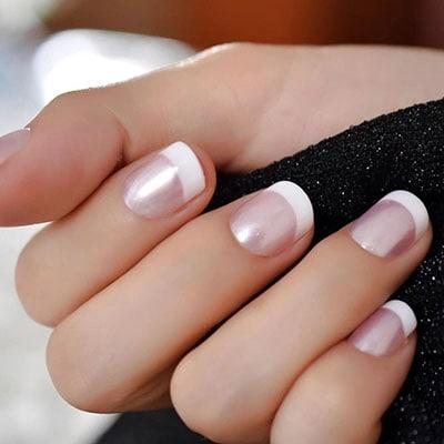 Περλέ γαλλικό στα νύχια