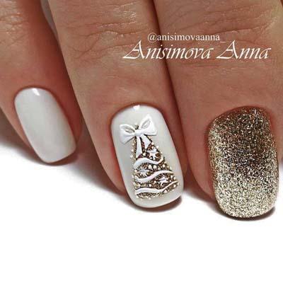 Άσπρα νύχια με χρυσό έλατο για τα Χριστούγεννα