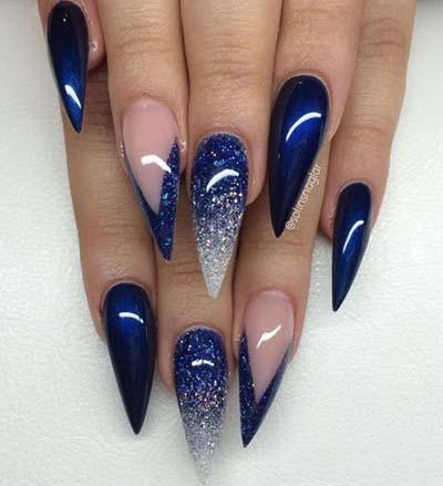 Μπλε νύχια stiletto