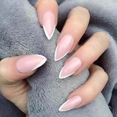 Γαλλικό σε νύχια stiletto