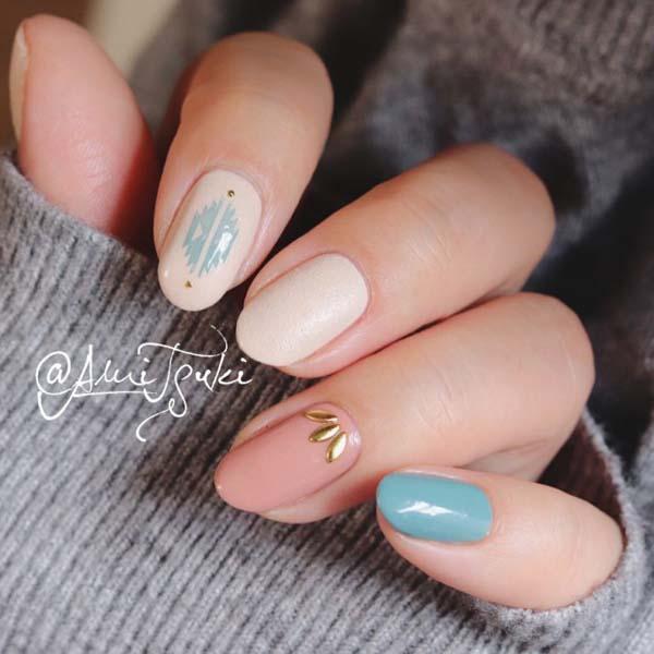 Minimal boho nail art