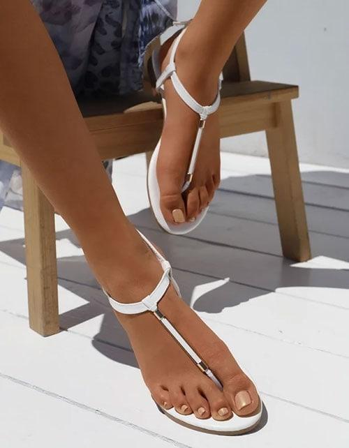Ίσια λευκά σανδάλια ιδανικά ακόμη και για νύφη - LUIGI