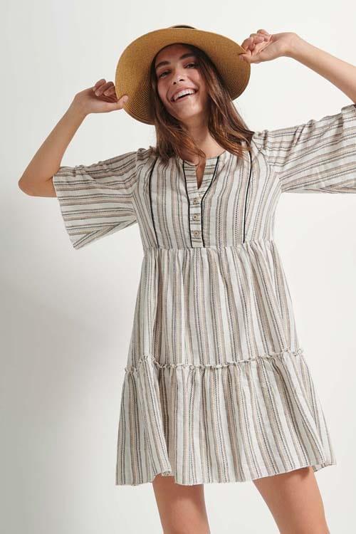 Μίνι ριγέ φόρεμα με μανίκι καμπάνα - Attrattivo
