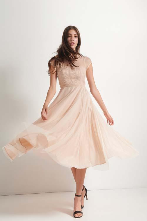 Τούλινο μίντι φόρεμα με παγιέτες στο μπούστο - Attrattivo
