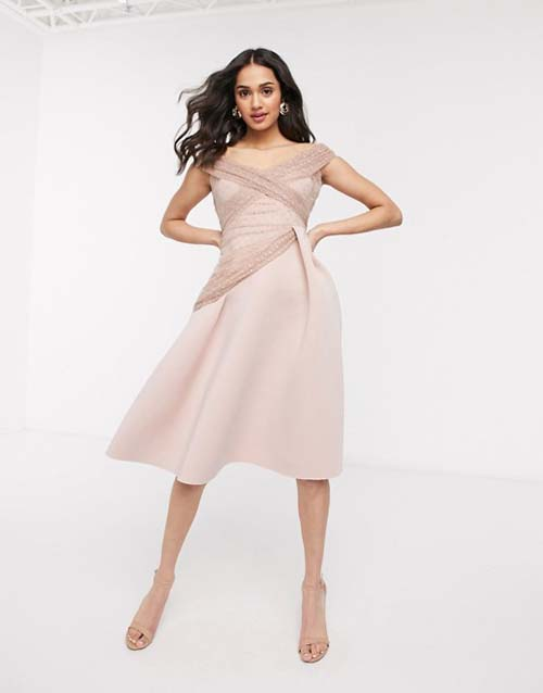 Midi αμπιγιέ φόρεμα με έξω τους ώμους και διακοσμητικές λεπτομέρειες διαφάνειας - ASOS