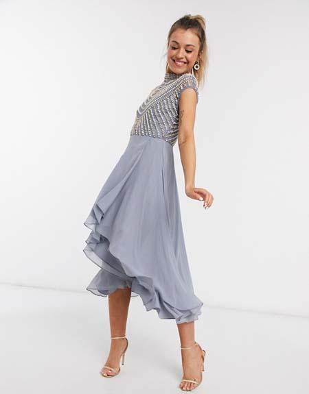 Ασύμμετρο midi βραδυνό φόρεμα με πέρλες στο μπούστο