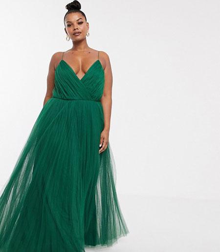 Μάξι πλισέ πράσινο φόρεμα σε μεγάλο μέγεθος με V λαιμόκοψη