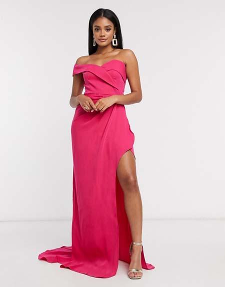 Μακρύ βραδινό φόρεμα με έναν ώμο και σκίσιμο στο πλάι