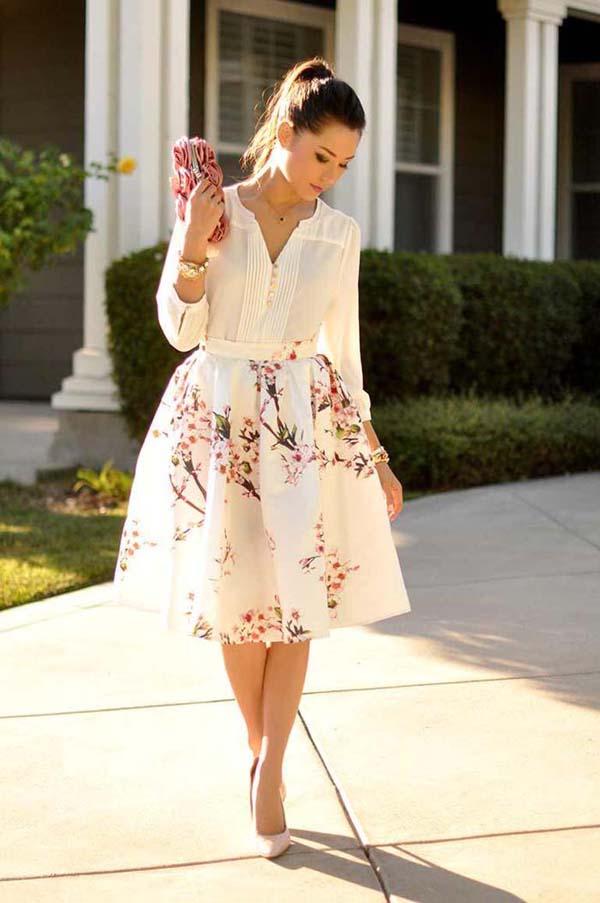 Ντύσιμο για γάμο με λευκό πουκάμισο και μίντι φλοράλ φούστα