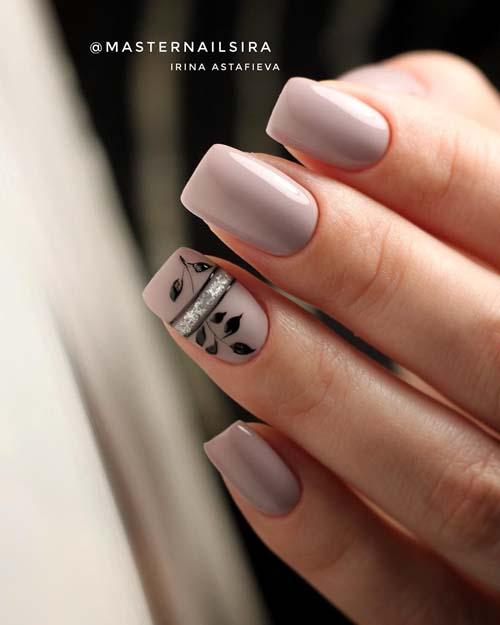 Minimal nail art σε νουντ μανικιούρ