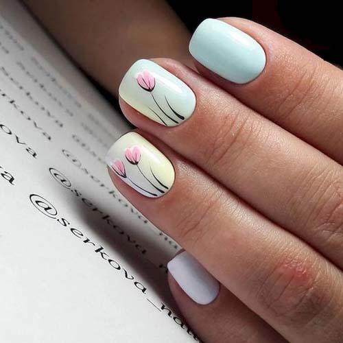 Φλοράλ νύχια με απαλά παστέλ χρώματα