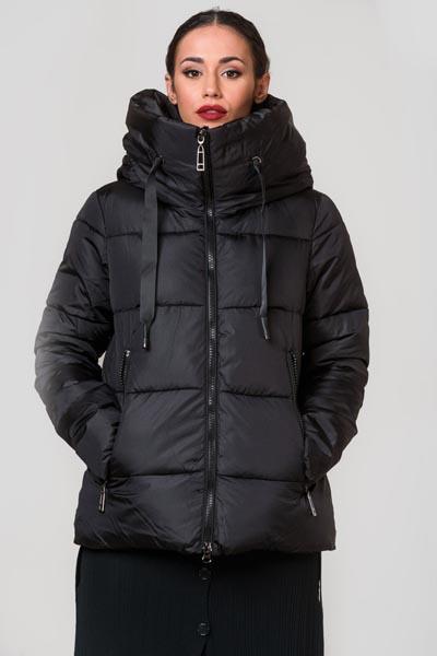 Φουσκωτό καπιτονέ μαύρο μπουφάν με ψηλό λαιμό και κουκούλα - OwTwoFashion