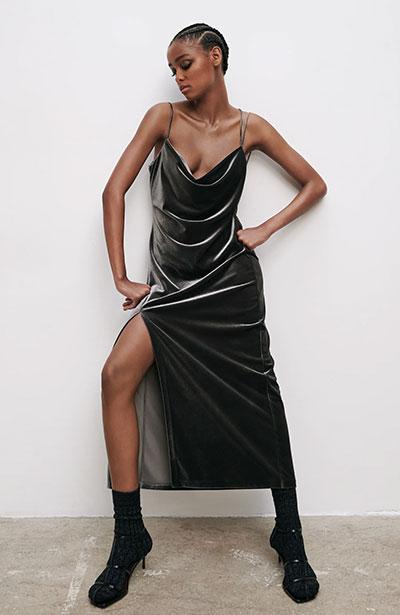 Μίντι βελούδινο slip dress με σκίσιμο στο πλάι - ZARA