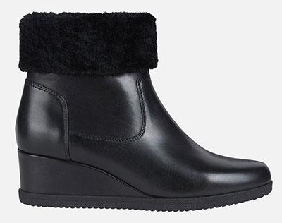 Μαύρα μποτάκια πλατφόρμες με γούνα στο τελείωμα / Geox