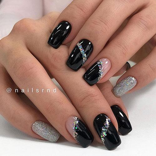 Μαύρα νύχια με ασημί γκλίτερ