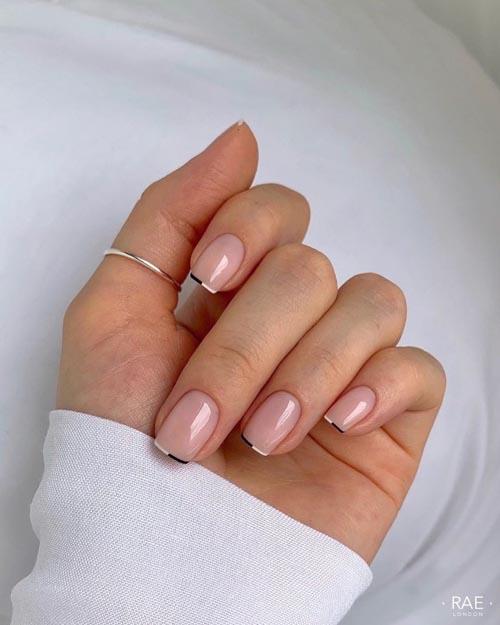 Micro french nails με ασπρόμαυρη γραμμή